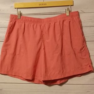 Columbia fast drying shorts size XL